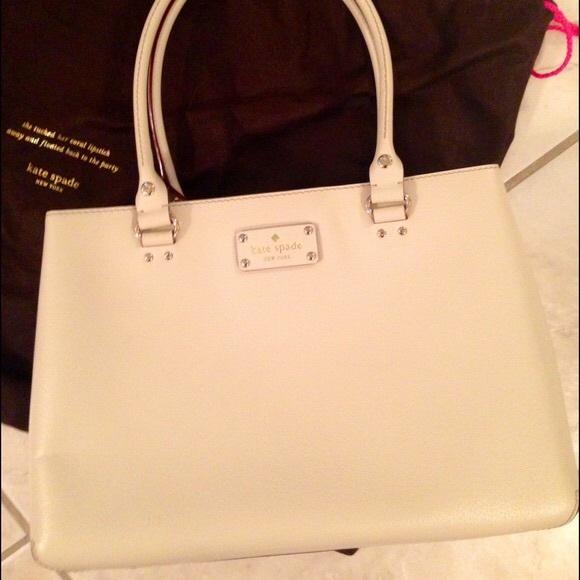 kate spade Handbags - Sale! ♠️Kate Spade Wellesley leather tote ♠️